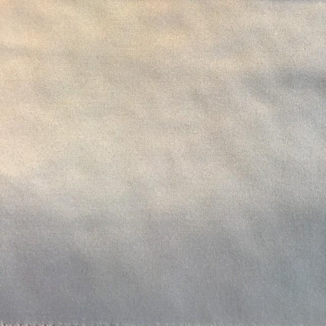 Whisper grey Silky Plain